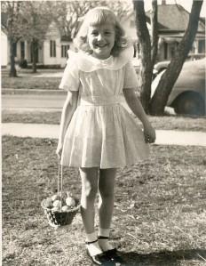 1949 Easter Vivienne.jpg